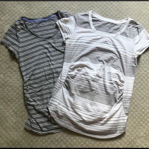 Set of maternity tees